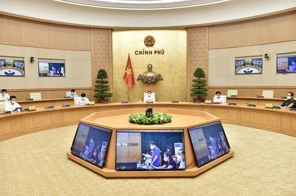 Thủ tướng Chính phủ triệu tập họp trực tuyến khẩn cấp với tỉnh Bắc Giang, Bắc Ninh   ảnh 1