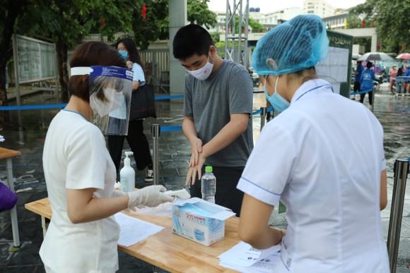 Hơn 93.000 thí sinh Hà Nội tham dự kỳ thi tuyển sinh vào lớp 10 ảnh 2