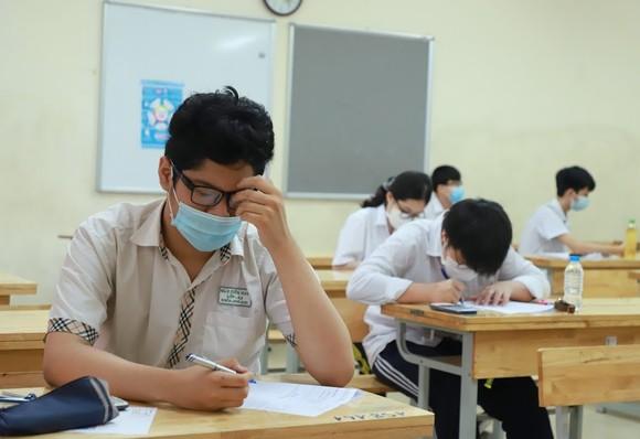 Ngày thi thứ 2 tuyển sinh vào lớp 10 tại Hà Nội: Thí sinh được hỗ trợ tối đa  ảnh 3