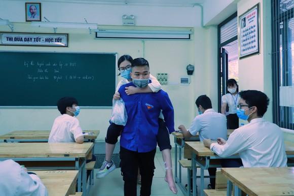 Ngày thi thứ 2 tuyển sinh vào lớp 10 tại Hà Nội: Thí sinh được hỗ trợ tối đa  ảnh 2