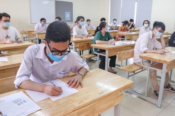 Thí sinh cả nước đã hoàn thành thi tốt nghiệp THPT 2021 đợt 1. Ảnh: QUANG PHÚC
