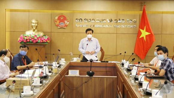 Thứ trưởng Nguyễn Hữu Độ chỉ trì buổi làm việc