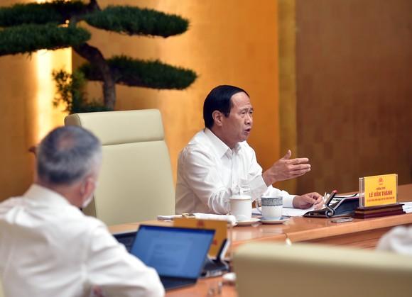 Phó Thủ tướng Lê Văn Thành chủ trì hội nghị trực tuyến thúc đẩy lưu thông, tiêu thụ nông sản trong bối cảnh phòng, chống dịch Covid-19