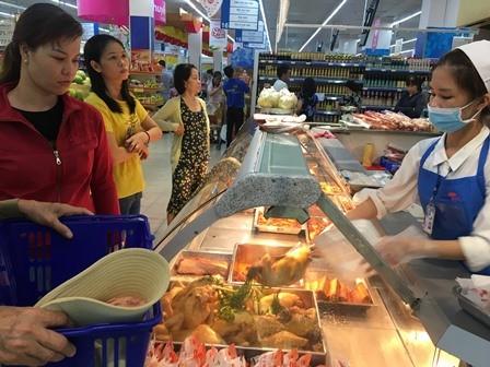TPHCM tăng thêm 1.000 tấn thịt heo phục vụ Tết Nguyên đán 2020 ảnh 2