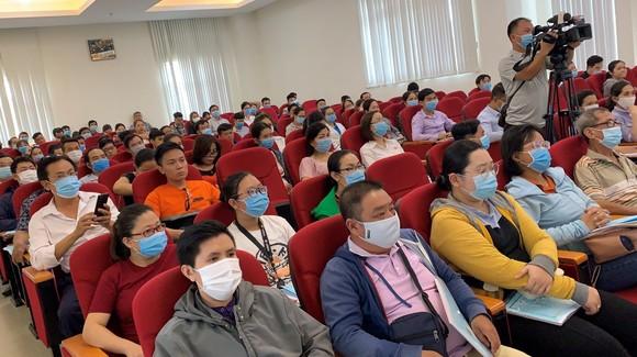 Hàng trăm doanh nghiệp, tiểu thương được tập huấn an toàn thực phẩm ảnh 2