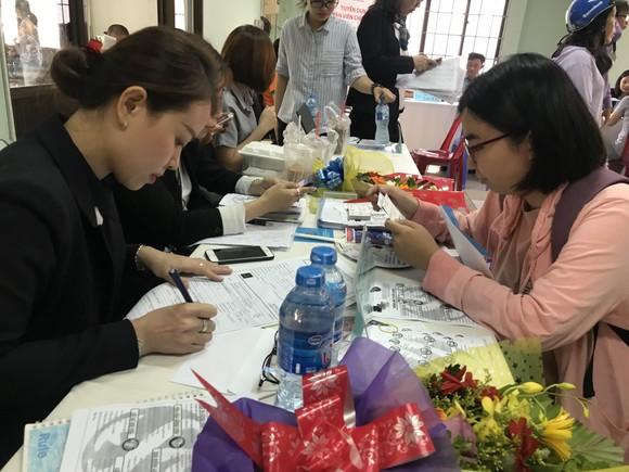 Các doanh nghiệp ở TPHCM đang tuyển hơn 3.800 lao động ảnh 2