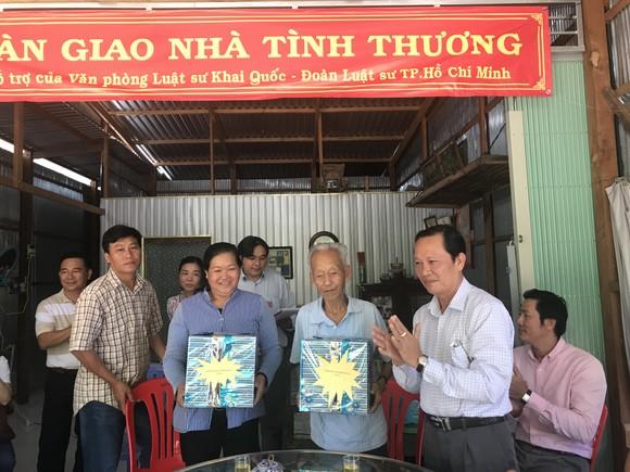 Luật sư TPHCM tặng nhà tình thương tới hộ nghèo Đồng Tháp ảnh 2
