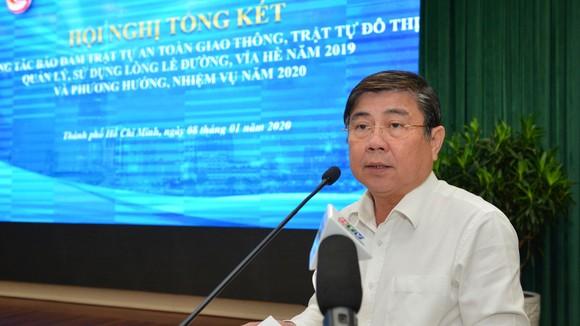 """Chủ tịch UBND TPHCM Nguyễn Thành Phong: """"Xử"""" người đứng đầu địa phương nếu vỉa hè bị lấn chiếm ảnh 3"""