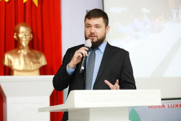 Nhiều cơ hội và thách thức khi tham gia Hiệp định thương mại tự do thế hệ mới  ảnh 2