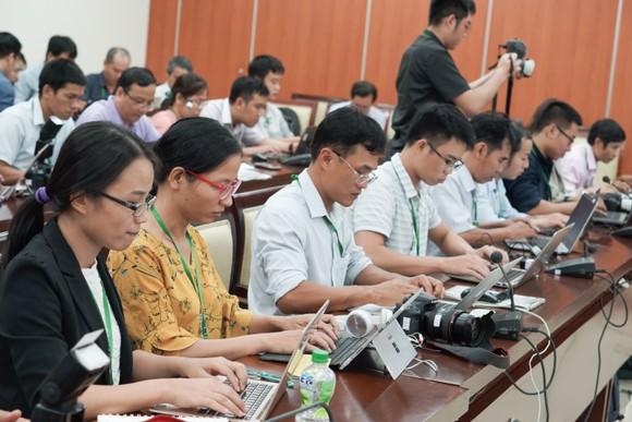 Đồng chí Nguyễn Văn Nên được bầu làm Bí thư Thành ủy TPHCM khóa XI ảnh 3