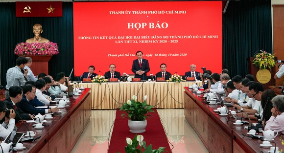 Ban Chấp hành Đảng bộ TPHCM khóa XI là 'đội hình mạnh nhất hiện nay' để đảm đương các nhiệm vụ đặt ra ảnh 1
