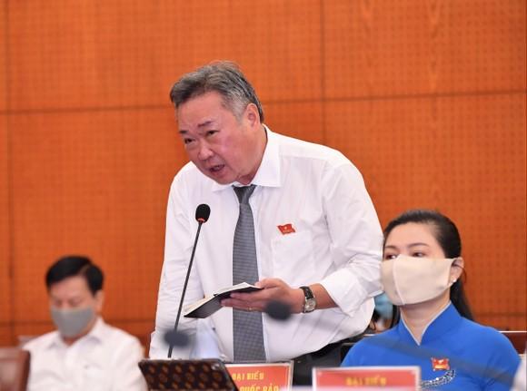 Chủ tịch UBND TPHCM Nguyễn Thành Phong đăng đàn trả lời chất vấn ảnh 2