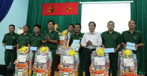 Giám đốc Sở LĐTB-XH TPHCM Lê Minh Tấn thăm, chúc tết cơ sở cai nghiện ma túy ảnh 5