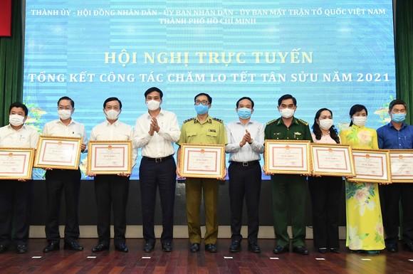 Chủ tịch UBND TPHCM Nguyễn Thành Phong 'điểm mặt' sở ngành 'ngâm' hồ sơ của doanh nghiệp ảnh 3
