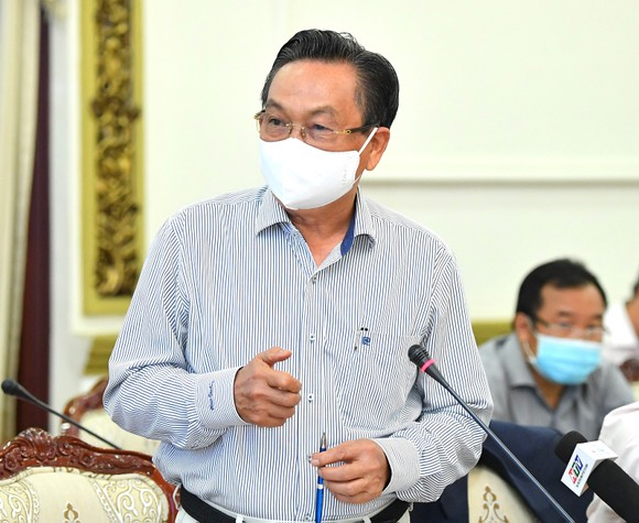 Chủ tịch UBND TPHCM Nguyễn Thành Phong: Hiện thực hóa khát vọng vươn lên của TPHCM, trở thành đại đô thị mang đẳng cấp khu vực ảnh 4