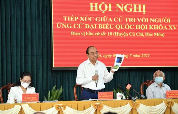 Chủ tịch nước Nguyễn Xuân Phúc: Thúc đẩy giải quyết kiến nghị của cử tri đến nơi đến chốn ảnh 3
