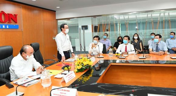 Chủ tịch nước Nguyễn Xuân Phúc: Báo SGGP đổi mới tư duy, quyết liệt hành động để xứng đáng vị thế của TPHCM ảnh 6