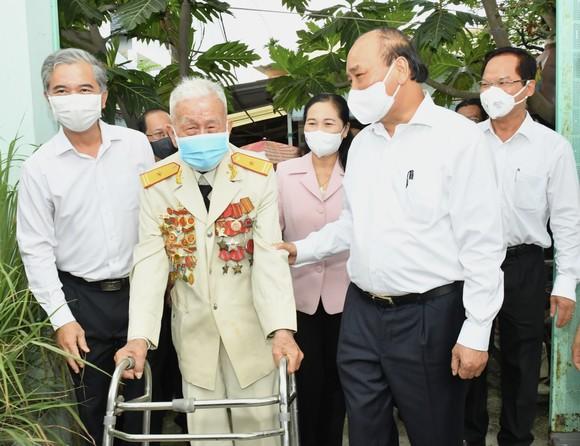 Chủ tịch nước Nguyễn Xuân Phúc: đưa huyện Hóc Môn, Củ Chi trở thành thành phố phía Tây, cực tăng trưởng mới của TPHCM ảnh 5