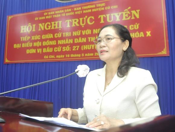 Chủ tịch HĐND TPHCM Nguyễn Thị Lệ tiếp xúc cử tri nữ và cán bộ, chiến sĩ Sư đoàn 9 ảnh 3