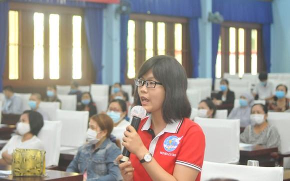Chủ tịch HĐND TPHCM Nguyễn Thị Lệ tiếp xúc cử tri nữ và cán bộ, chiến sĩ Sư đoàn 9 ảnh 4