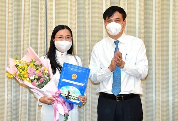 Bà Nguyễn Thị Thu Nga giữ chức vụ Phó Giám đốc Sở Xây dựng TPHCM ảnh 1