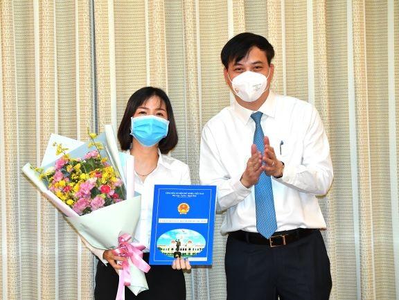 Bà Nguyễn Thị Thu Nga giữ chức vụ Phó Giám đốc Sở Xây dựng TPHCM ảnh 2