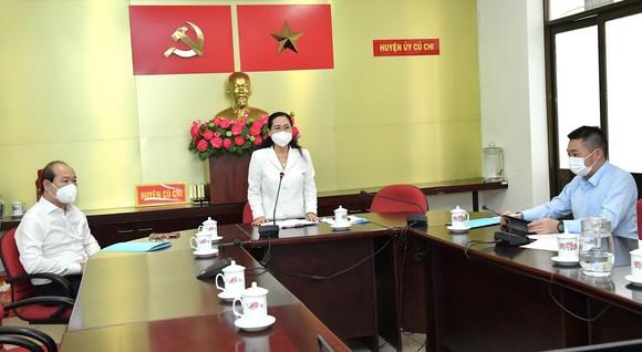 Chủ tịch HĐND TPHCM Nguyễn Thị Lệ kiểm tra phòng, chống dịch tại huyện Củ Chi ảnh 1