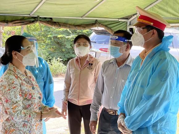 Chủ tịch HĐND TPHCM Nguyễn Thị Lệ biểu dương người dân đã giữ được 'vùng xanh' ảnh 1
