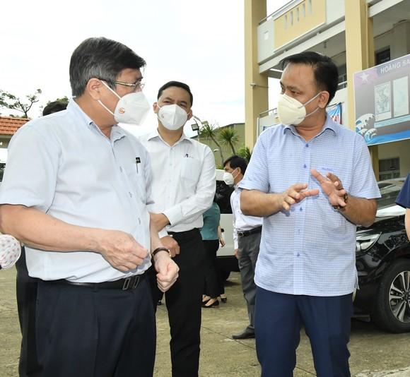 Chủ tịch UBND TPHCM Nguyễn Thành Phong: Có kế hoạch chi tiết, phấn đấu đến ngày 15-9 TP kiểm soát được dịch Covid-19 ảnh 3