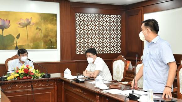 Chủ tịch UBND TPHCM Nguyễn Thành Phong: Có kế hoạch chi tiết, phấn đấu đến ngày 15-9 TP kiểm soát được dịch Covid-19 ảnh 1