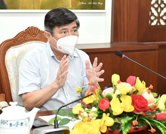 Chủ tịch UBND TPHCM Nguyễn Thành Phong: Có kế hoạch chi tiết, phấn đấu đến ngày 15-9 TP kiểm soát được dịch Covid-19 ảnh 2