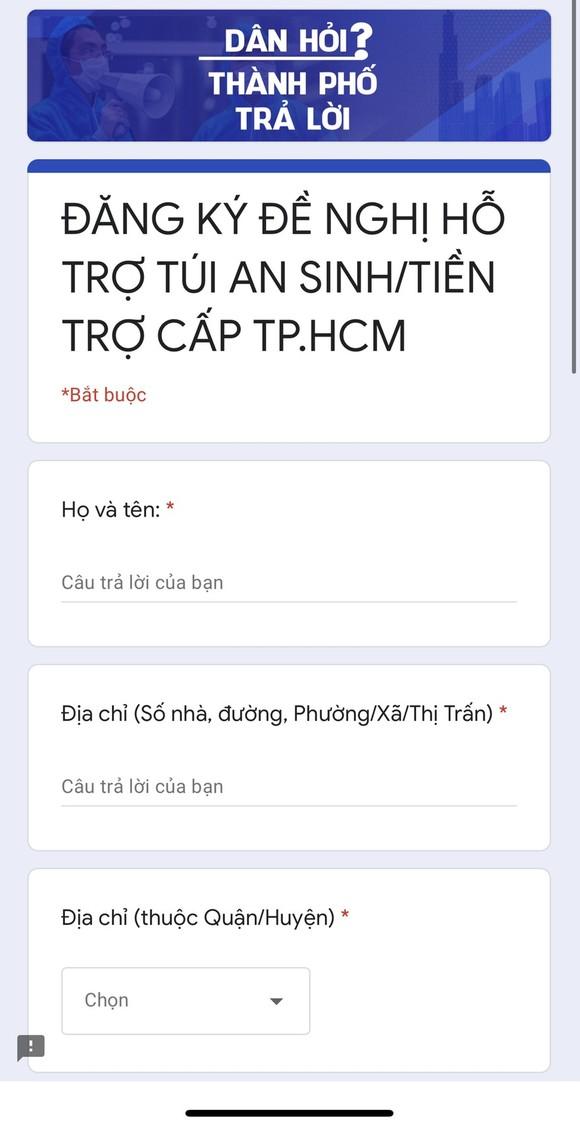 Người dân TPHCM phát tín hiệu cần hỗ trợ trực tuyến để nhận tiền mặt, túi an sinh ảnh 1