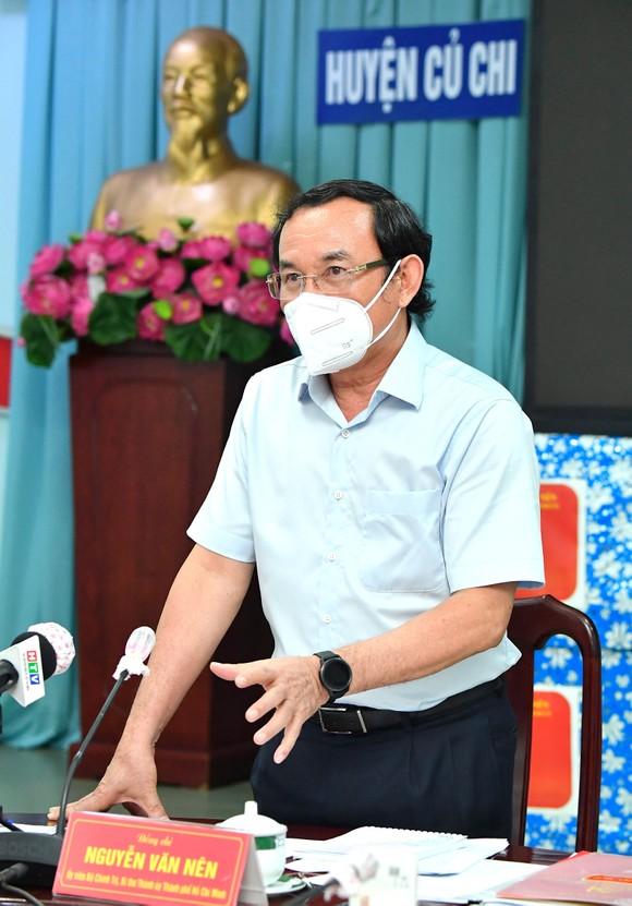 Đồng chí Nguyễn Văn Nên: Huyện Củ Chi và quận 7 là hai mũi đột phá để thí điểm kịch bản 'bình thường mới' cho TPHCM  ảnh 1