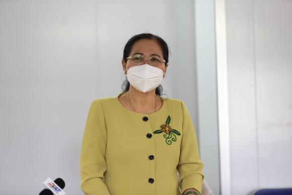 Chủ tịch HĐND TPHCM Nguyễn Thị Lệ: Không bao giờ quên những đóng góp to lớn của các y bác sĩ  ảnh 8