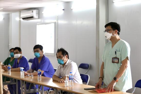 Chủ tịch HĐND TPHCM Nguyễn Thị Lệ: Không bao giờ quên những đóng góp to lớn của các y bác sĩ  ảnh 7
