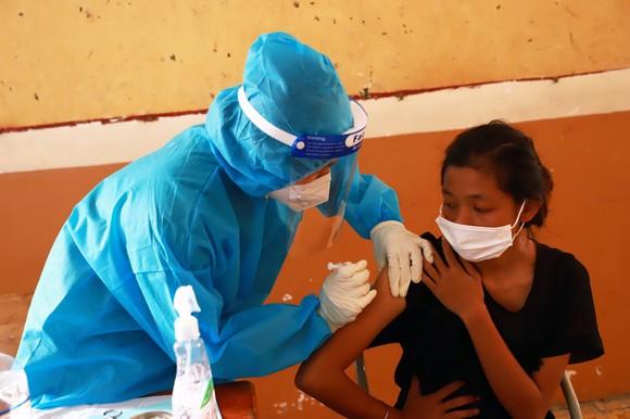 TPHCM tiếp nhận hơn 1.000 người vô gia cư để chăm sóc, phòng chống dịch Covid-19 ảnh 1