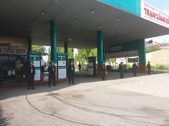 Bắt giữ thêm đối tượng buôn lậu xăng dầu giả trong chuyên án 920G  ảnh 6