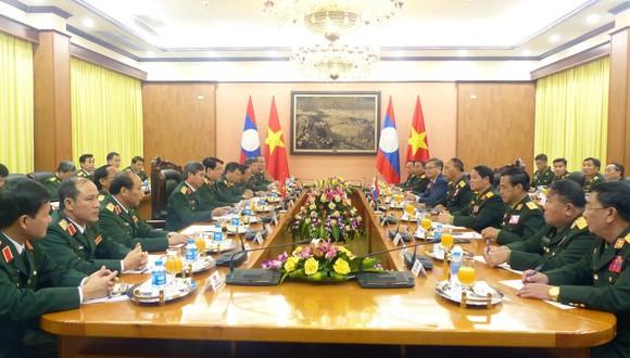 Quan hệ hợp tác quân đội là trụ cột trong quan hệ hợp tác toàn diện hai nước Việt - Lào ảnh 5