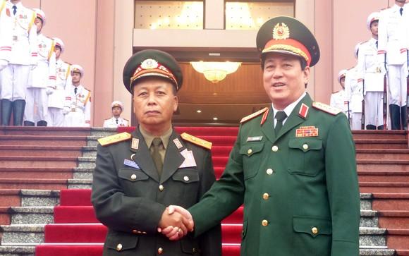 Quan hệ hợp tác quân đội là trụ cột trong quan hệ hợp tác toàn diện hai nước Việt - Lào ảnh 1