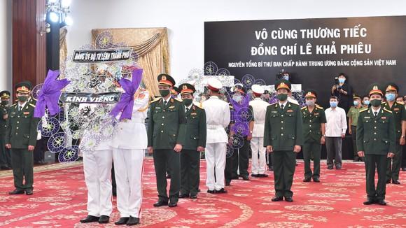 Cử hành trọng thể Quốc tang nguyên Tổng Bí thư Lê Khả Phiêu ảnh 48