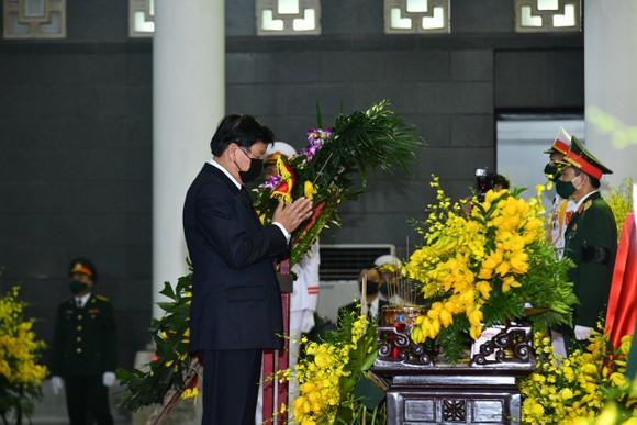 Cử hành trọng thể Quốc tang nguyên Tổng Bí thư Lê Khả Phiêu ảnh 14