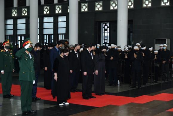Cử hành trọng thể Quốc tang nguyên Tổng Bí thư Lê Khả Phiêu ảnh 15