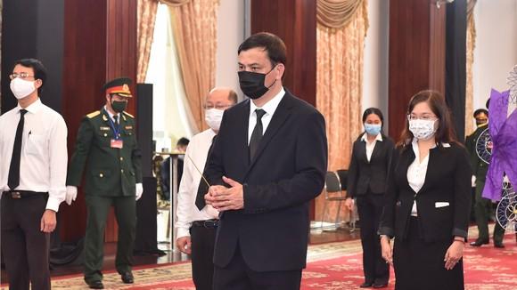 Cử hành trọng thể Quốc tang nguyên Tổng Bí thư Lê Khả Phiêu ảnh 49