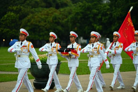 Cử hành trọng thể Quốc tang nguyên Tổng Bí thư Lê Khả Phiêu ảnh 27
