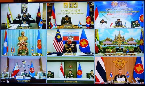 Khẳng định việc duy trì hòa bình, ổn định, an ninh, an toàn và tự do hàng hải ở Biển Đông ảnh 3