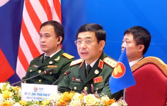 Khẳng định việc duy trì hòa bình, ổn định, an ninh, an toàn và tự do hàng hải ở Biển Đông ảnh 2