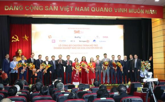 Công nghiệp ICT Việt Nam trở thành ngành xuất siêu lớn nhất của nền kinh tế ảnh 4