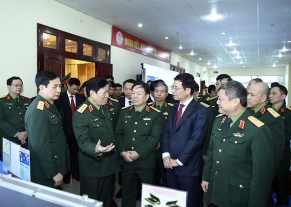Bộ Quốc phòng và Bộ TT-TT phối hợp bảo đảm an toàn thông tin trên không gian mạng ảnh 1