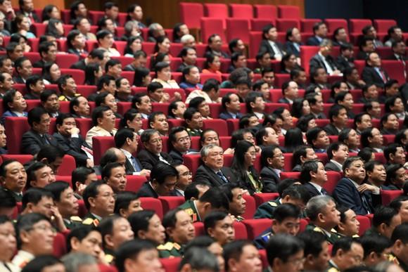 Chủ tịch UBND TPHCM Nguyễn Thành Phong: Phát triển kinh tế tri thức là xu hướng tất yếu ảnh 3
