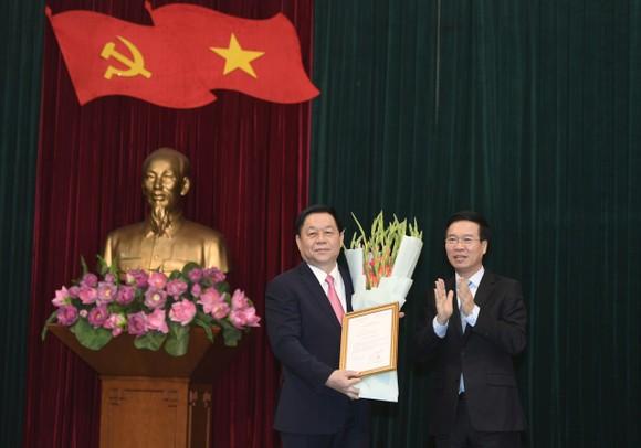 Thượng tướng Nguyễn Trọng Nghĩa giữ chức Trưởng Ban Tuyên giáo Trung ương   ảnh 1